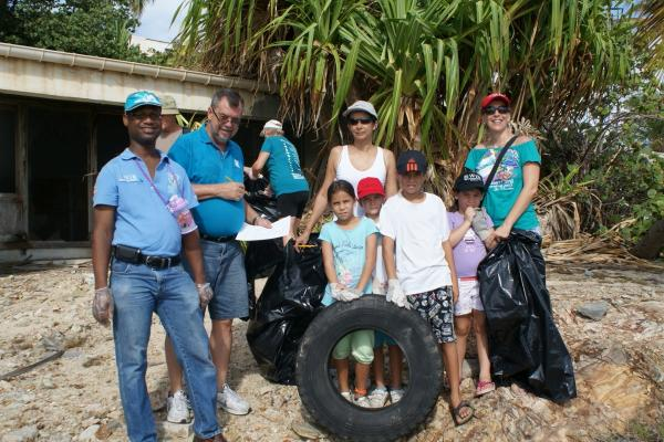 WIB Participates in Coastal Clean Up